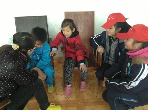 90后志愿者对垒00后留守农民工子女——中南大学研究生支教团传递正能量 - 湖南西部志愿者 - 湖南西部计划志愿者